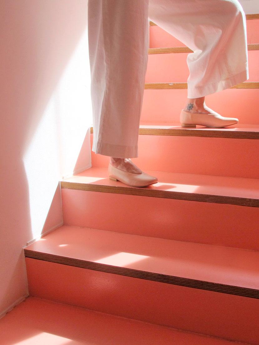 nanaubach-mintaka-pink-stairs_baja